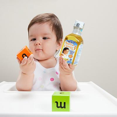 khi nào cho trẻ ăn dầu ăn