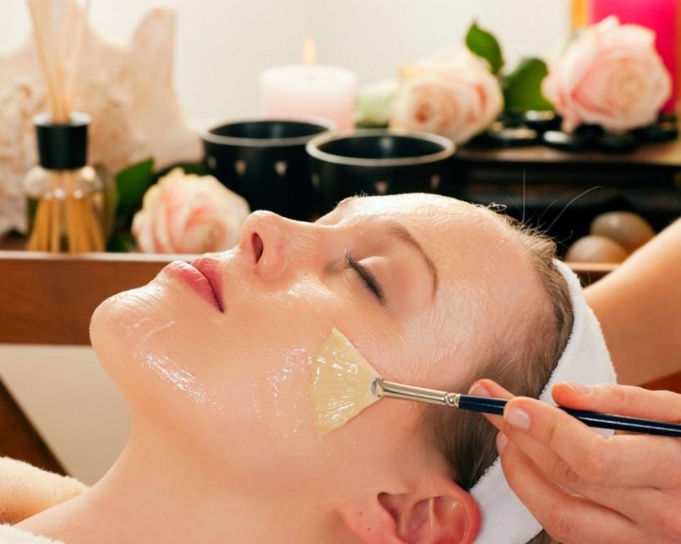 Dầu oliu kết hợp với giấm là phương pháp dưỡng da ban đêm hiệu quả và an toàn nhất